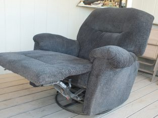 Reclining, rotating chair ,great condition